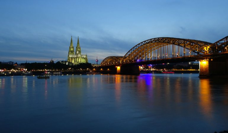 Cologne – City Tour, Cologne Cathedral and Chocolate Museum