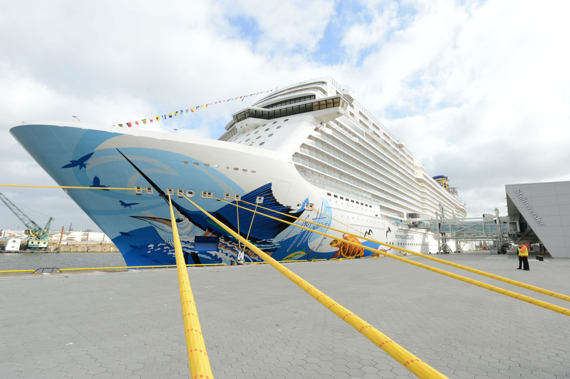 Norwegian Escape at the new Cruise Terminal, Steinwerder